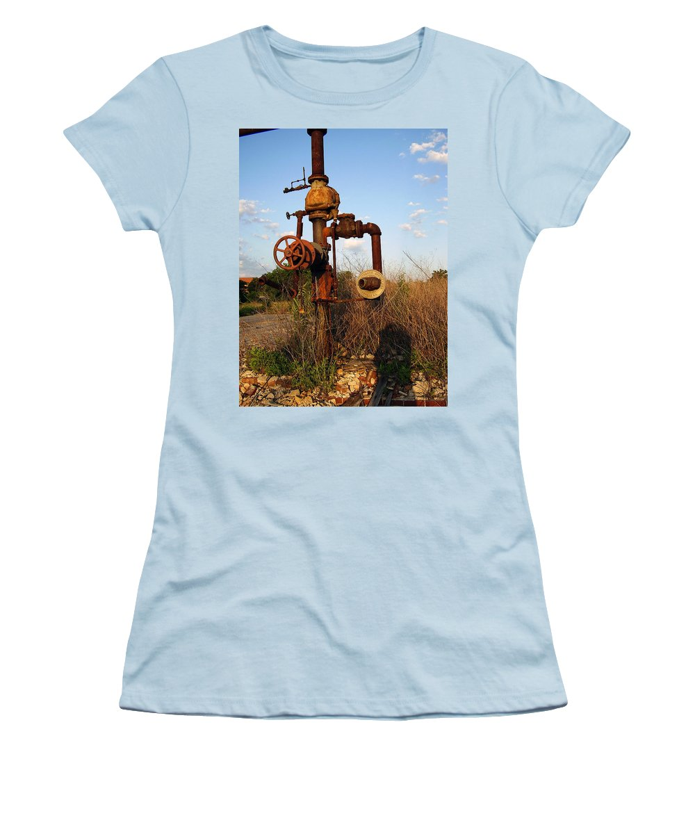 Pipes Women's T-Shirt (Athletic Fit) featuring the photograph Still Here by Flavia Westerwelle