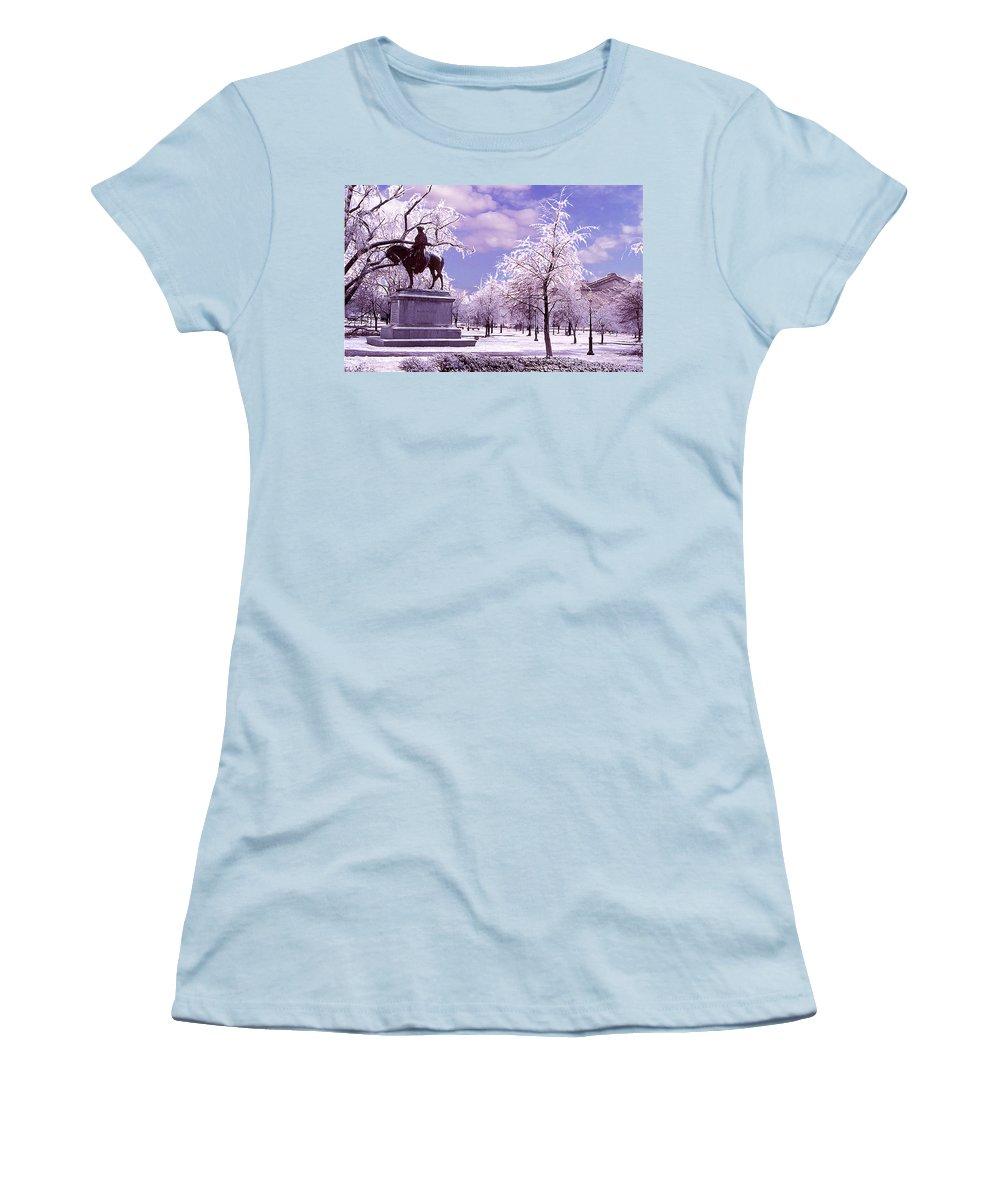 Landscape Women's T-Shirt (Junior Cut) featuring the photograph Washington Square Park by Steve Karol