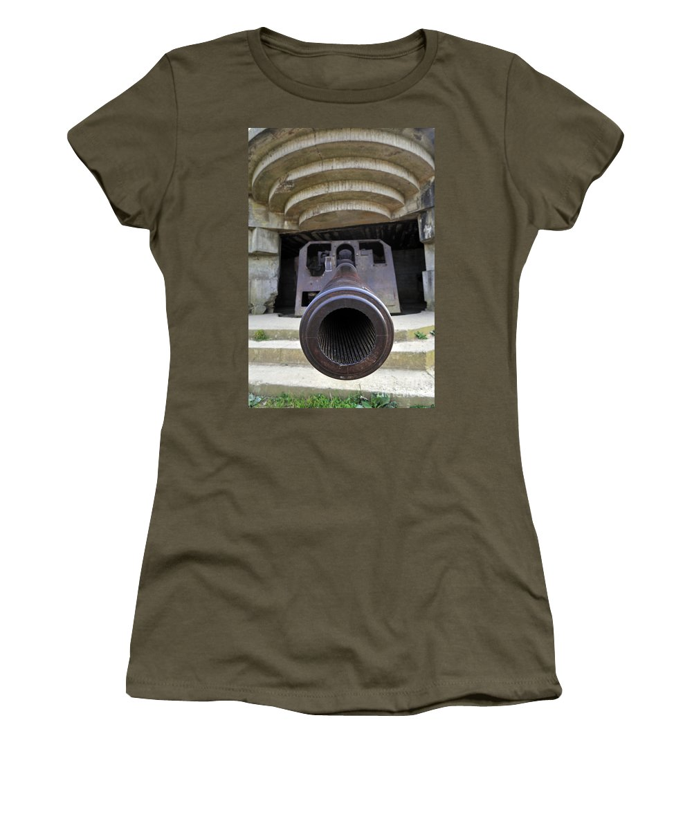 Cannon Women's T-Shirt featuring the photograph 080911p232 by Arterra Picture Library