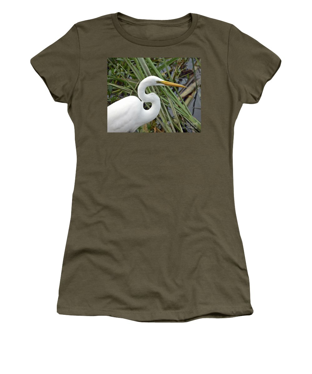 Egret Women's T-Shirt featuring the photograph Great Egret Close Up by Al Powell Photography USA