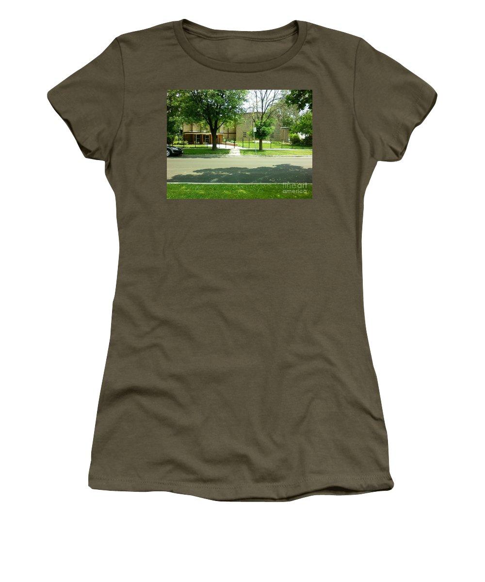 Third Unitarian Church Women's T-Shirt featuring the photograph Third Unitarian Church Of Chicago by Alfie Martin