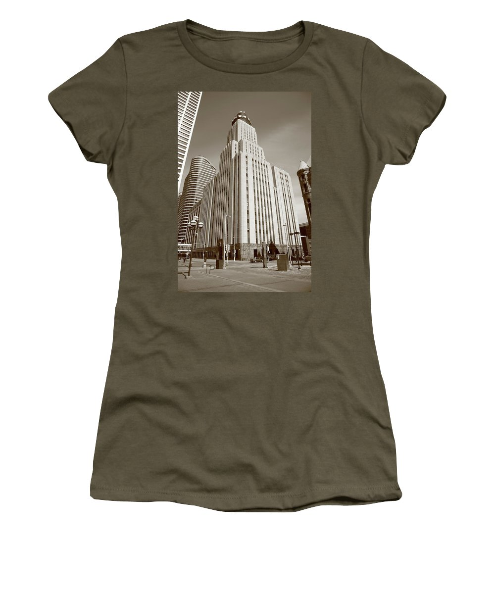 America Women's T-Shirt featuring the photograph Minneapolis Skyscrapers by Frank Romeo