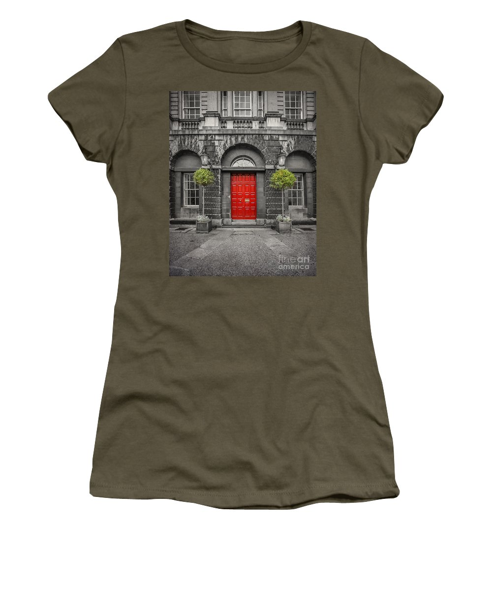 Dublin Women's T-Shirt featuring the photograph A Heart Needs A Home by Evelina Kremsdorf