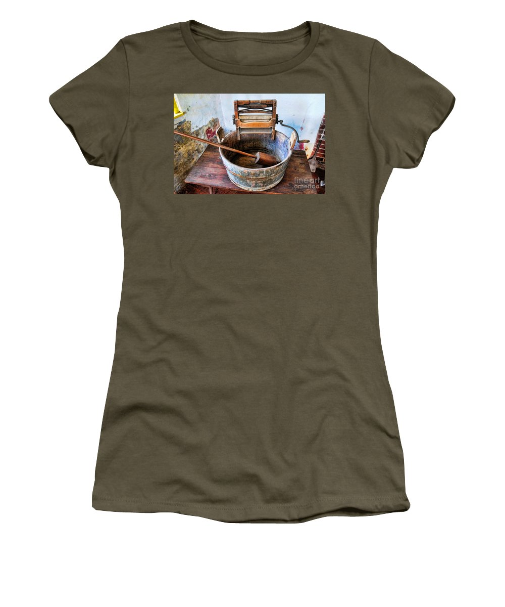 Americana Women's T-Shirt featuring the photograph Antique Washing Machine by Paul Ward