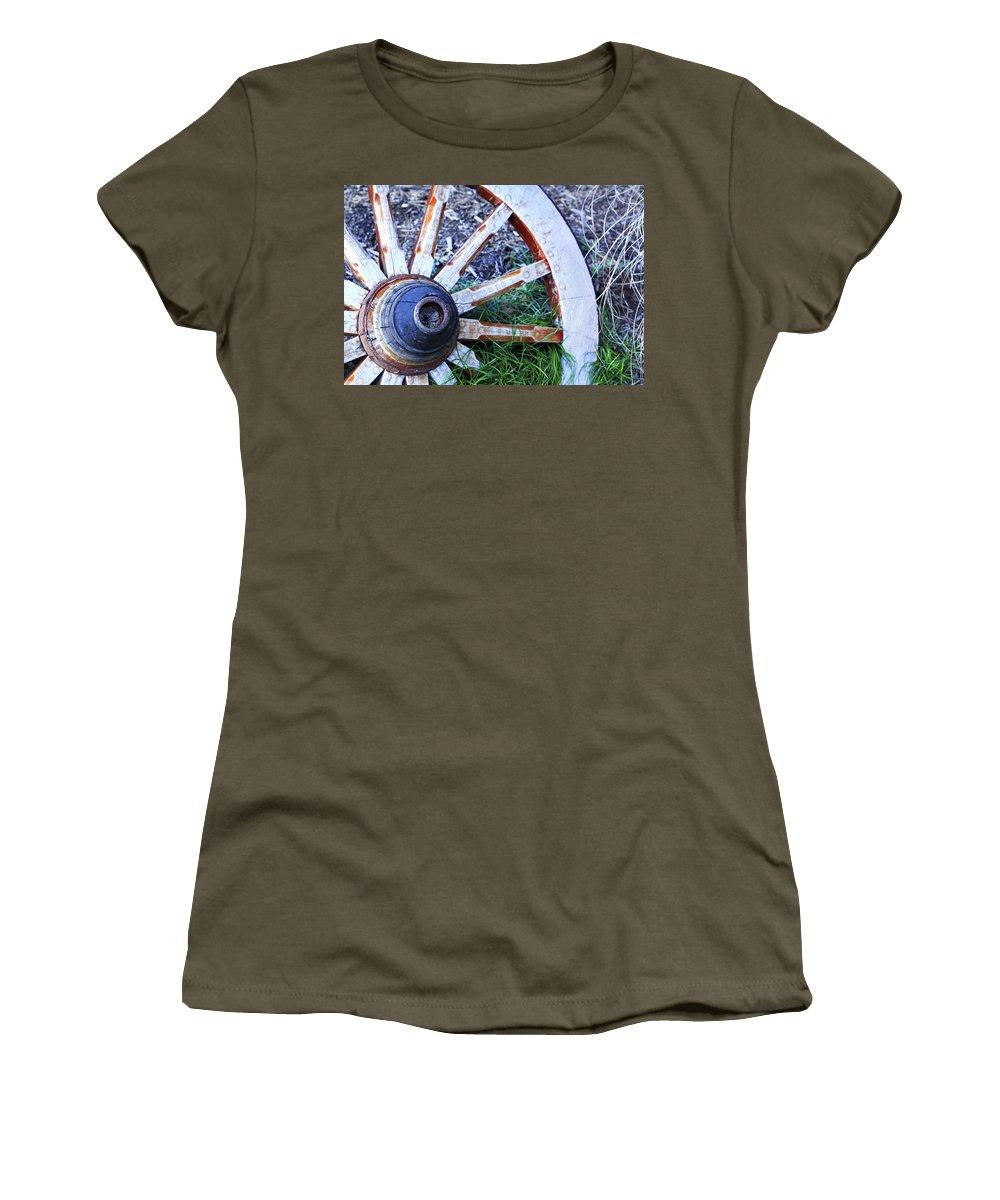 Americana Women's T-Shirt featuring the photograph Artful Wagon Wheel by Marilyn Hunt