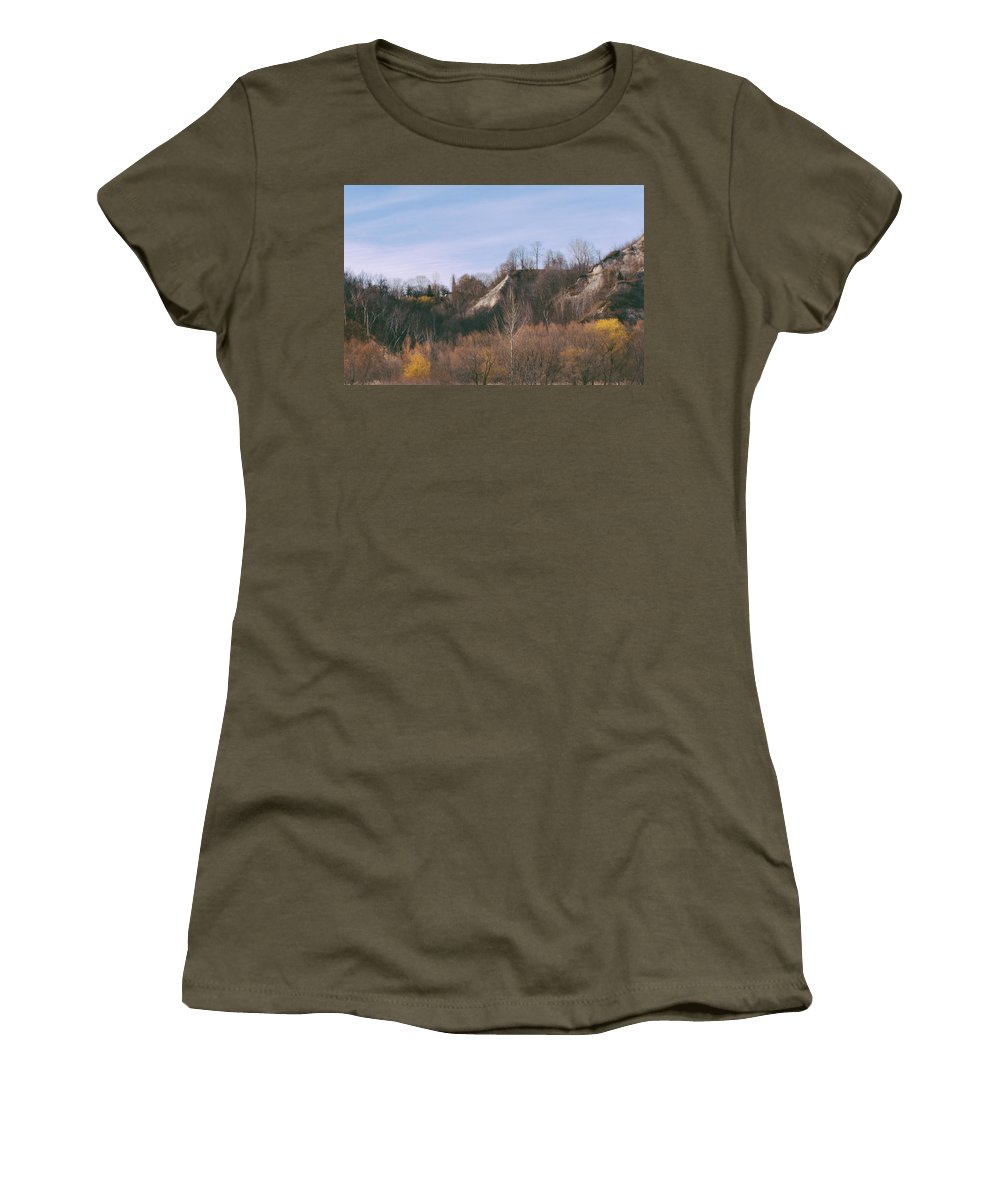 Toronto Women's T-Shirt featuring the photograph Autumn Remains In January by Kyra Savolainen