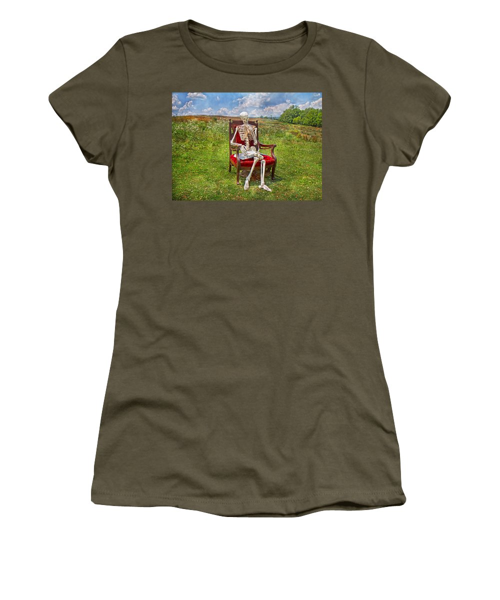 Physiology Women's T-Shirt featuring the photograph Catching Up On Human Anatomy And Physiology by Betsy Knapp
