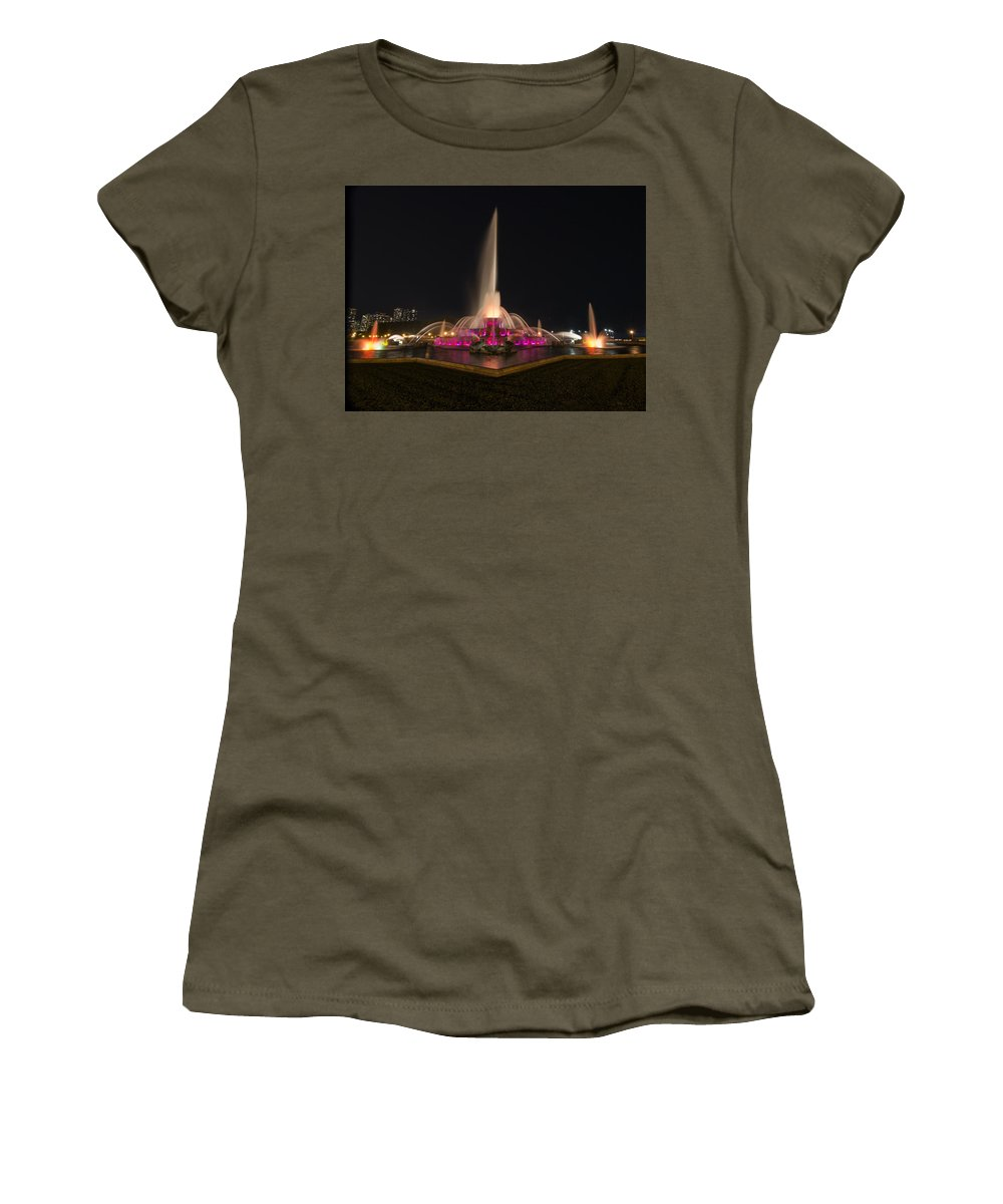 Chicago Women's T-Shirt featuring the photograph Chicago Fountain At Night by Patrick Warneka