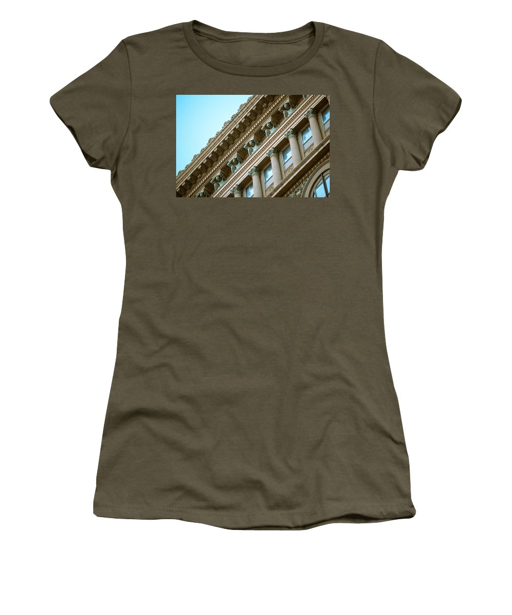 Pittsburgh Night Alley Skyline Dirty Black And White Pa. Pennsylvania Jimmy Taaffe Urban Rough Ruff Photographs Women's T-Shirt featuring the photograph Counterparts by Jimmy Taaffe