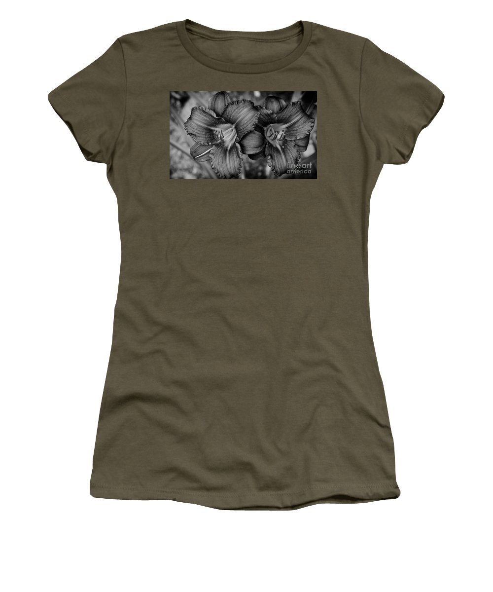 Wet Women's T-Shirt featuring the photograph Daylilies Black And White by Andrea Anderegg