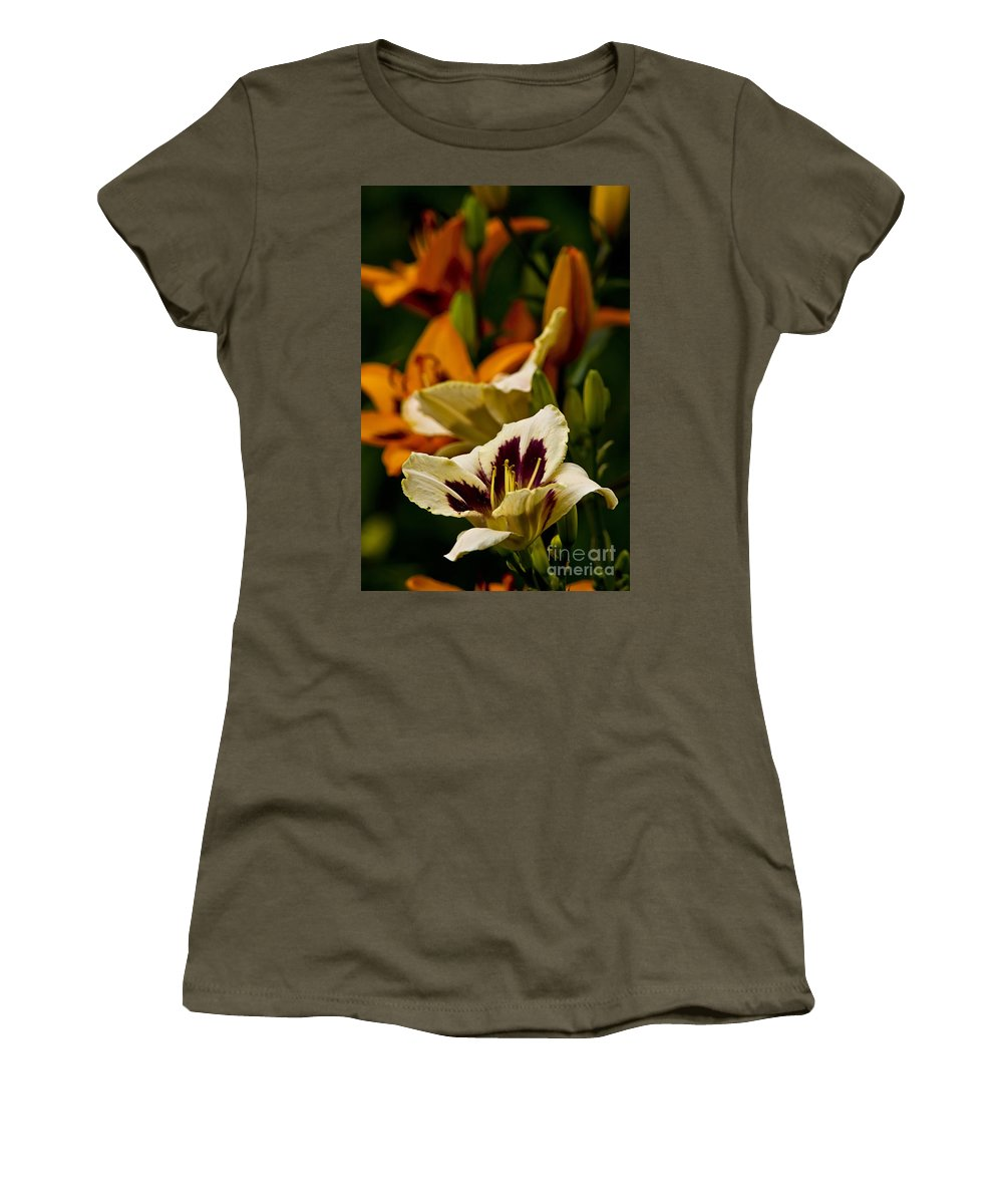 Daylily Women's T-Shirt featuring the photograph Daylily Picture 487 by World Wildlife Photography