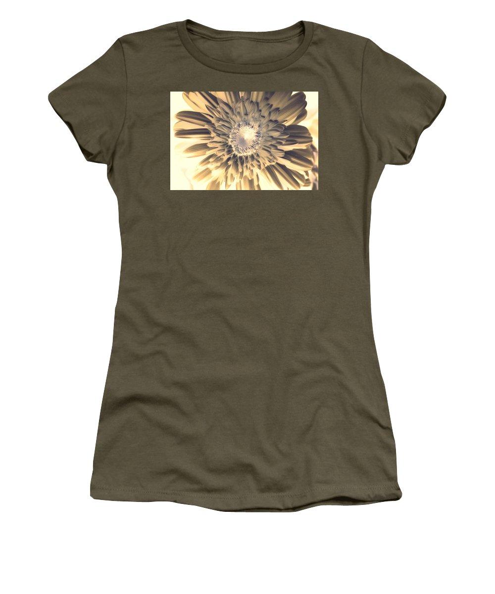 Gerber Women's T-Shirt featuring the photograph Dsc207-003 by Kimberlie Gerner
