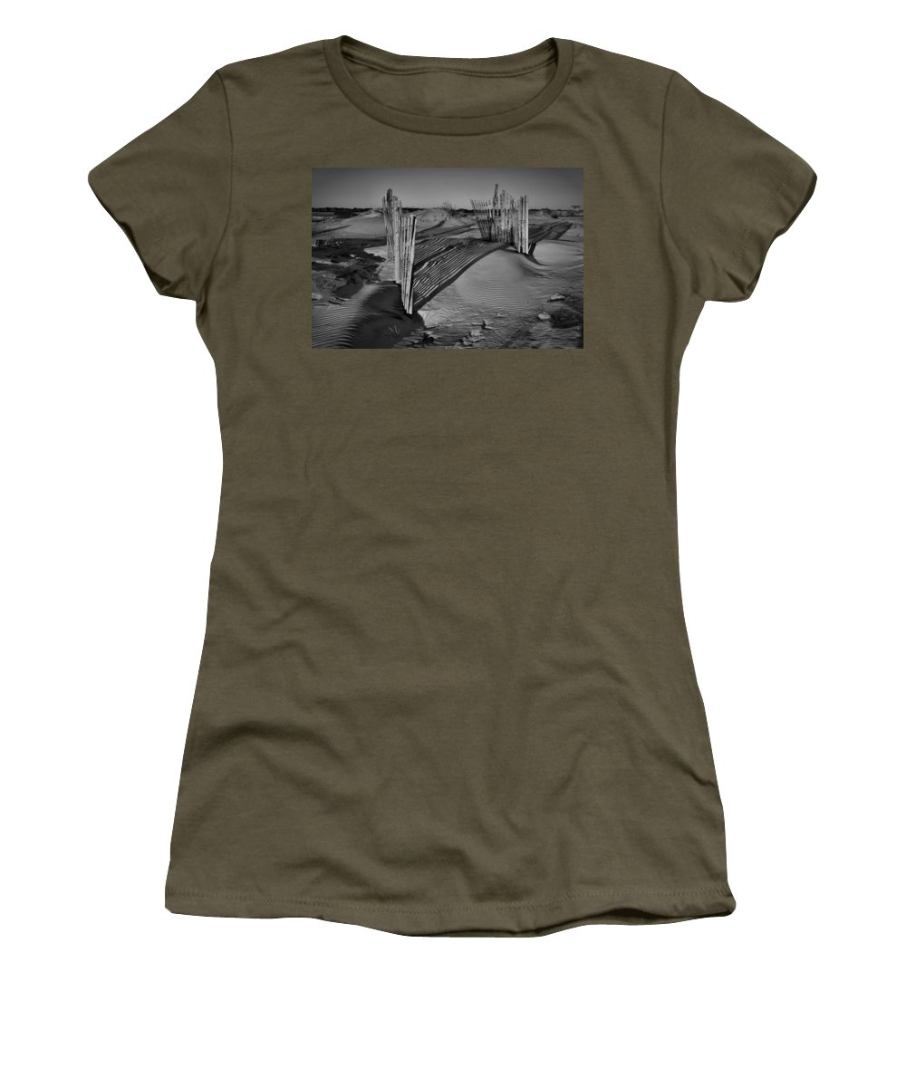 Outer Banks Women's T-Shirt featuring the photograph Dune Erosion Fence Outer Banks Nc B And W Img_3761 by Greg Kluempers