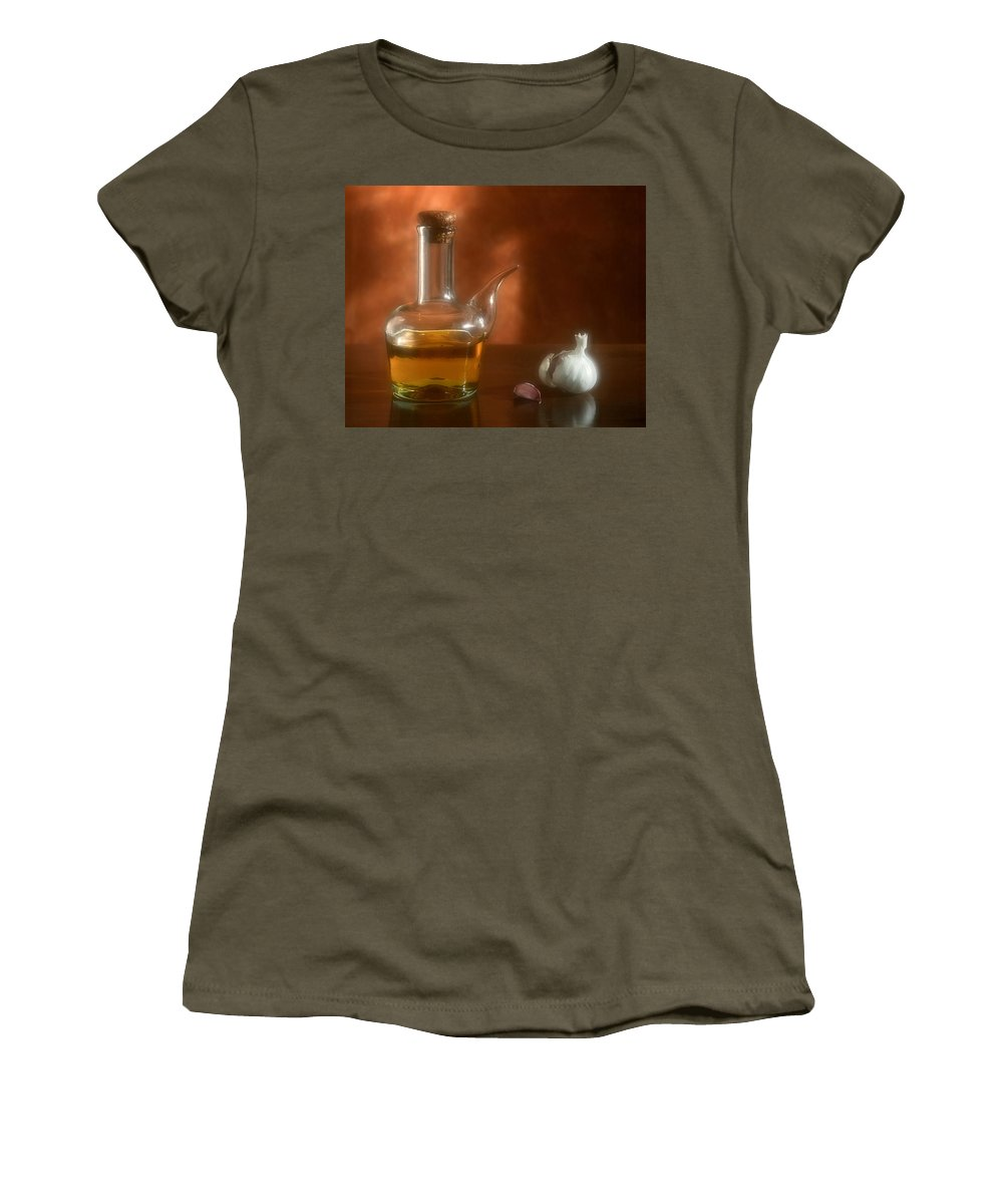 Garlic Women's T-Shirt featuring the photograph Garlic And Olive Oil. by Juan Carlos Ferro Duque
