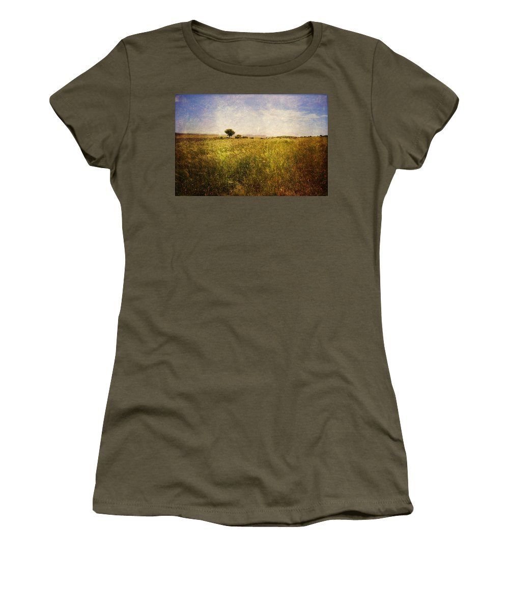 Raccolto Women's T-Shirt (Athletic Fit) featuring the photograph Infinity by Orazio Puccio