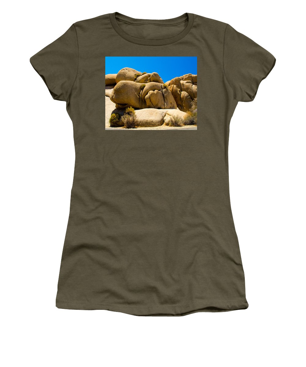 Joshua Tree Women's T-Shirt (Athletic Fit) featuring the photograph Joshua Tree 29 by Alex Snay