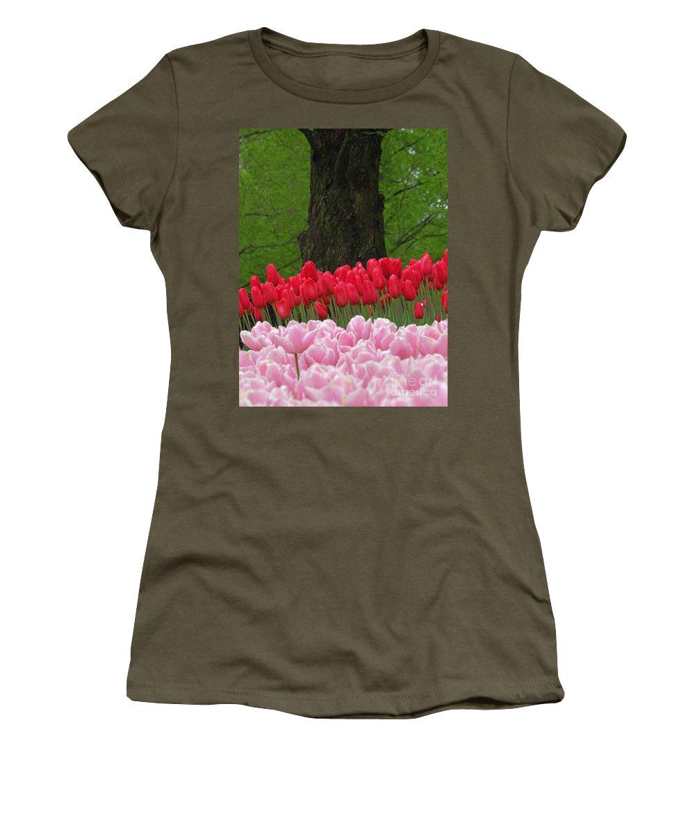 Keukenhof Gardens Women's T-Shirt featuring the photograph Keukenhof Gardens 18 by Mike Nellums