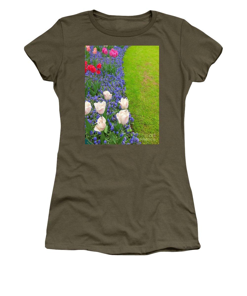 Keukenhof Gardens Women's T-Shirt featuring the photograph Keukenhof Gardens 55 by Mike Nellums