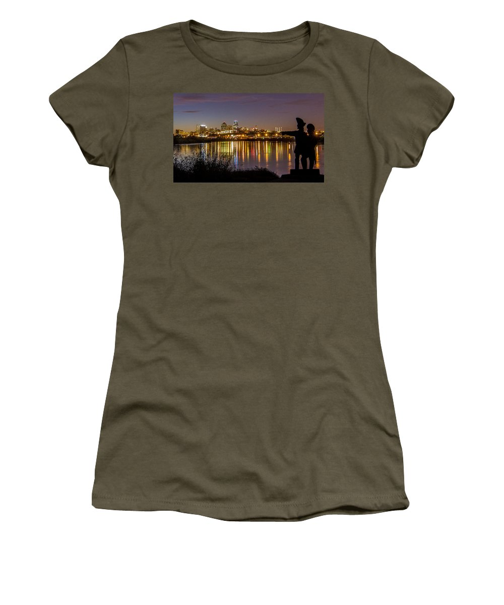 Kansas City Women's T-Shirt (Athletic Fit) featuring the photograph Lewis And Clark by Ken Kobe