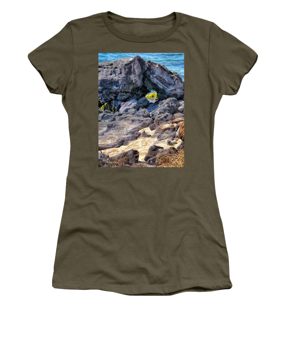 Hawaii Women's T-Shirt featuring the photograph Napili 3 by Dawn Eshelman
