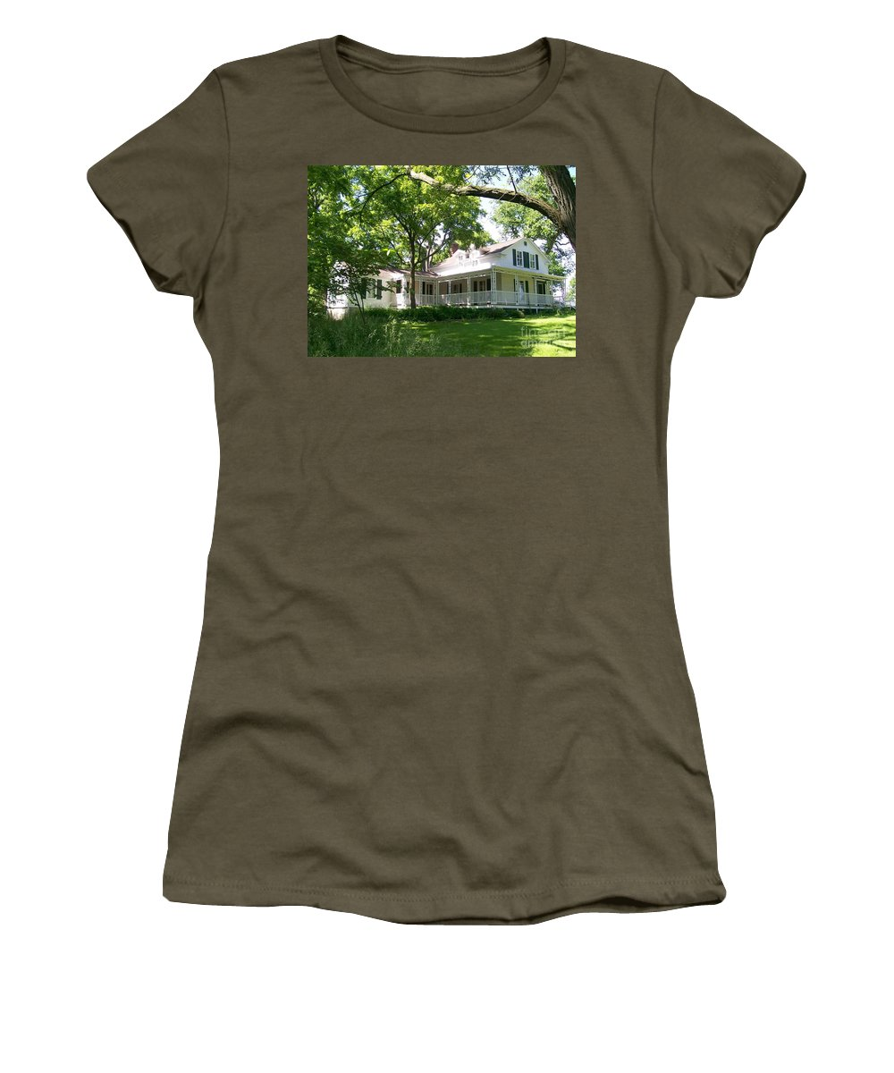 Greene Valley Women's T-Shirt featuring the photograph Oak Cottage At Greene Valley Farm by Laurie Eve Loftin