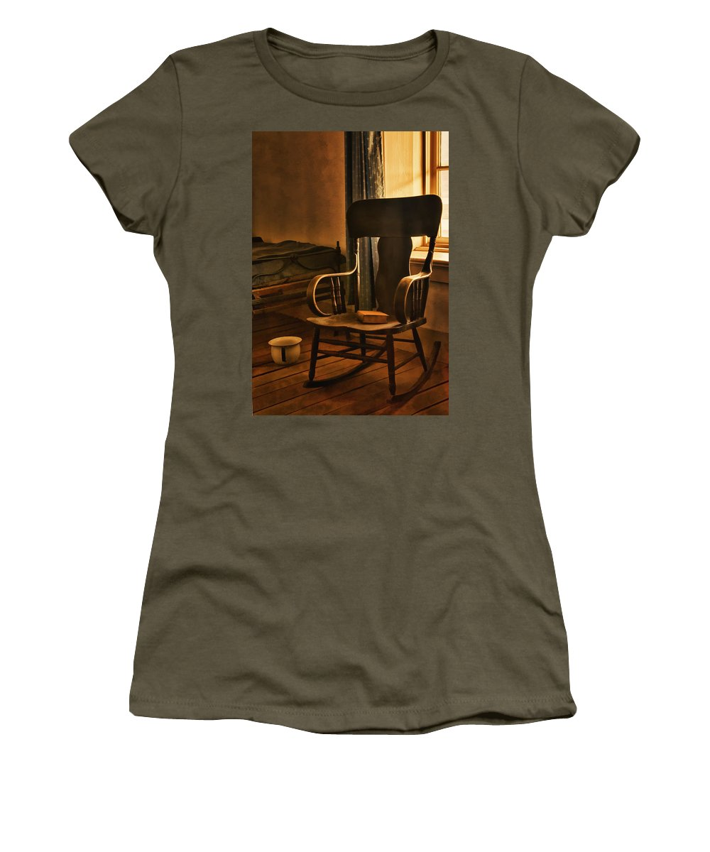 Fort Verde State Historic Park Women's T-Shirt featuring the photograph Off His Rocker by Priscilla Burgers
