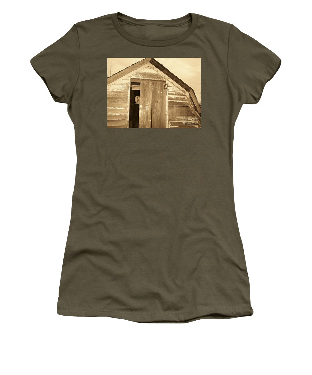 Old Shed Women's T-Shirt (Athletic Fit) featuring the photograph Old Shed by Brandi Maher