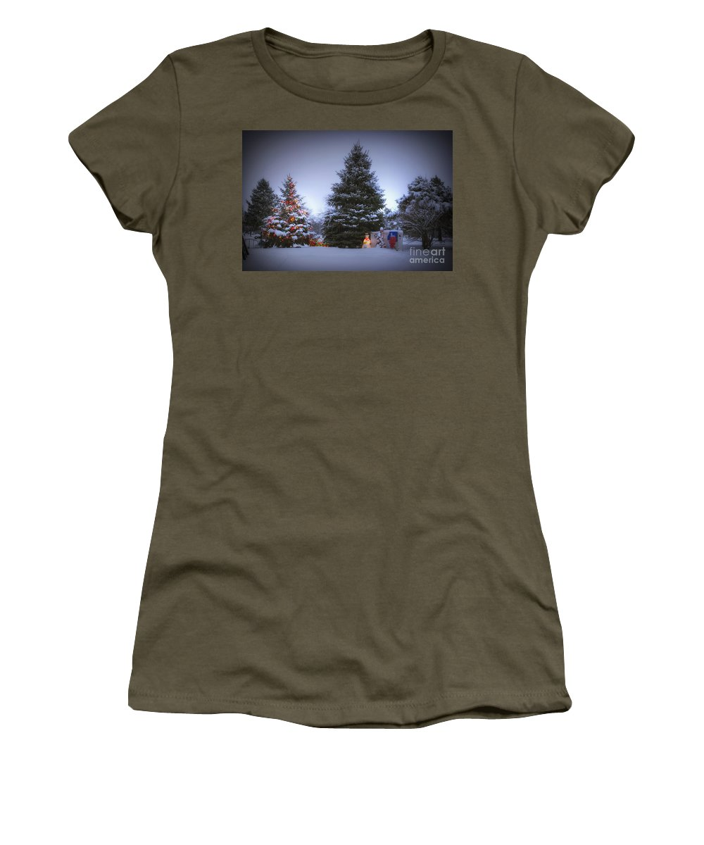 Tree Women's T-Shirt featuring the photograph Outdoor Christmas Tree by Thomas Woolworth