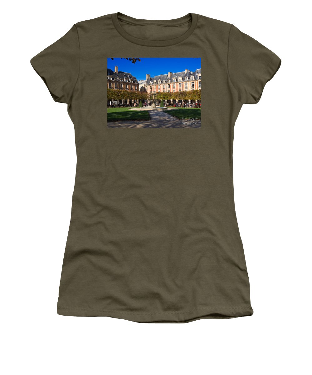 Place Des Vosges Women's T-Shirt featuring the photograph Place Des Vosges Paris by Louise Heusinkveld