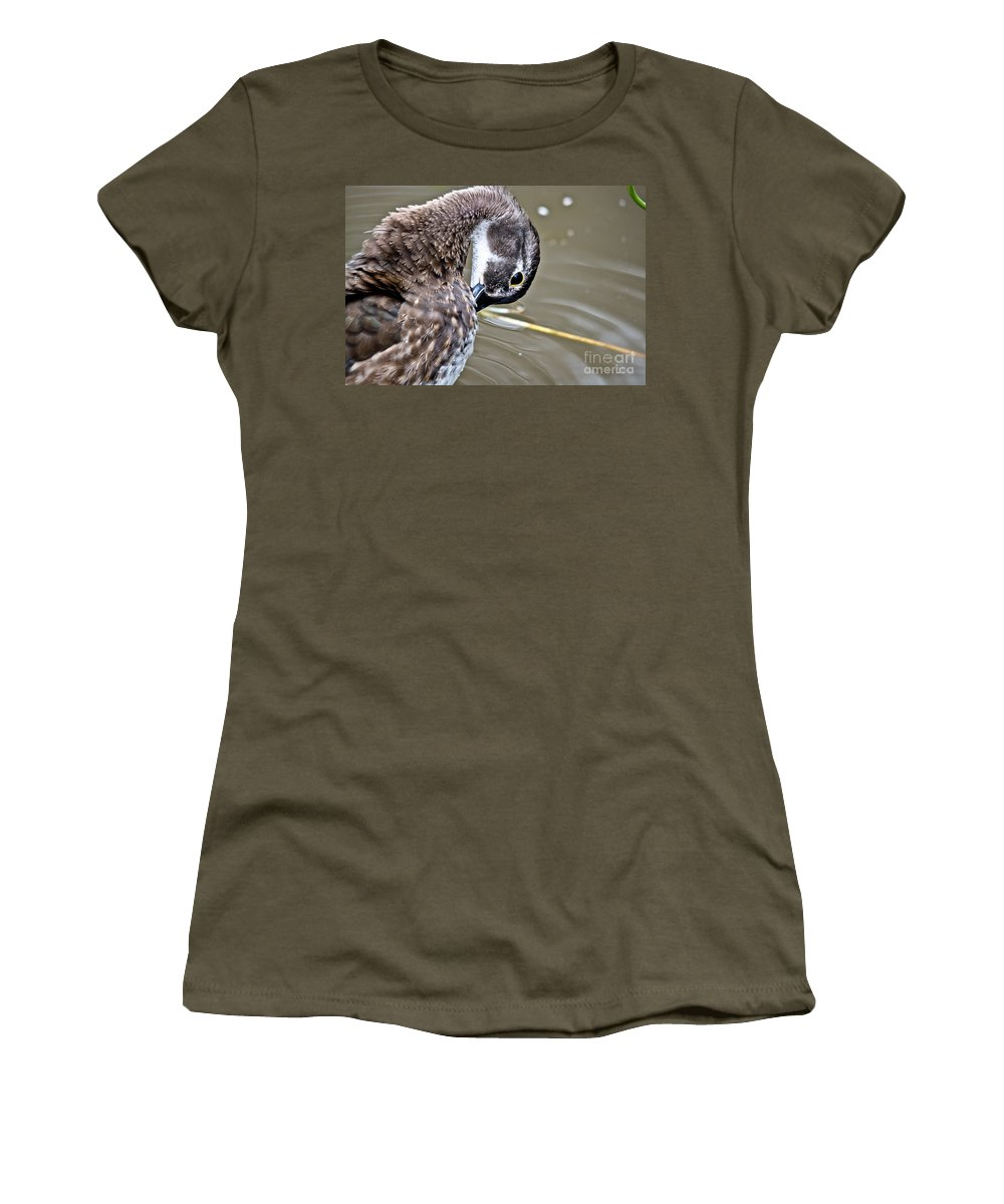 Women's T-Shirt featuring the photograph Prettily Preening by Cheryl Baxter