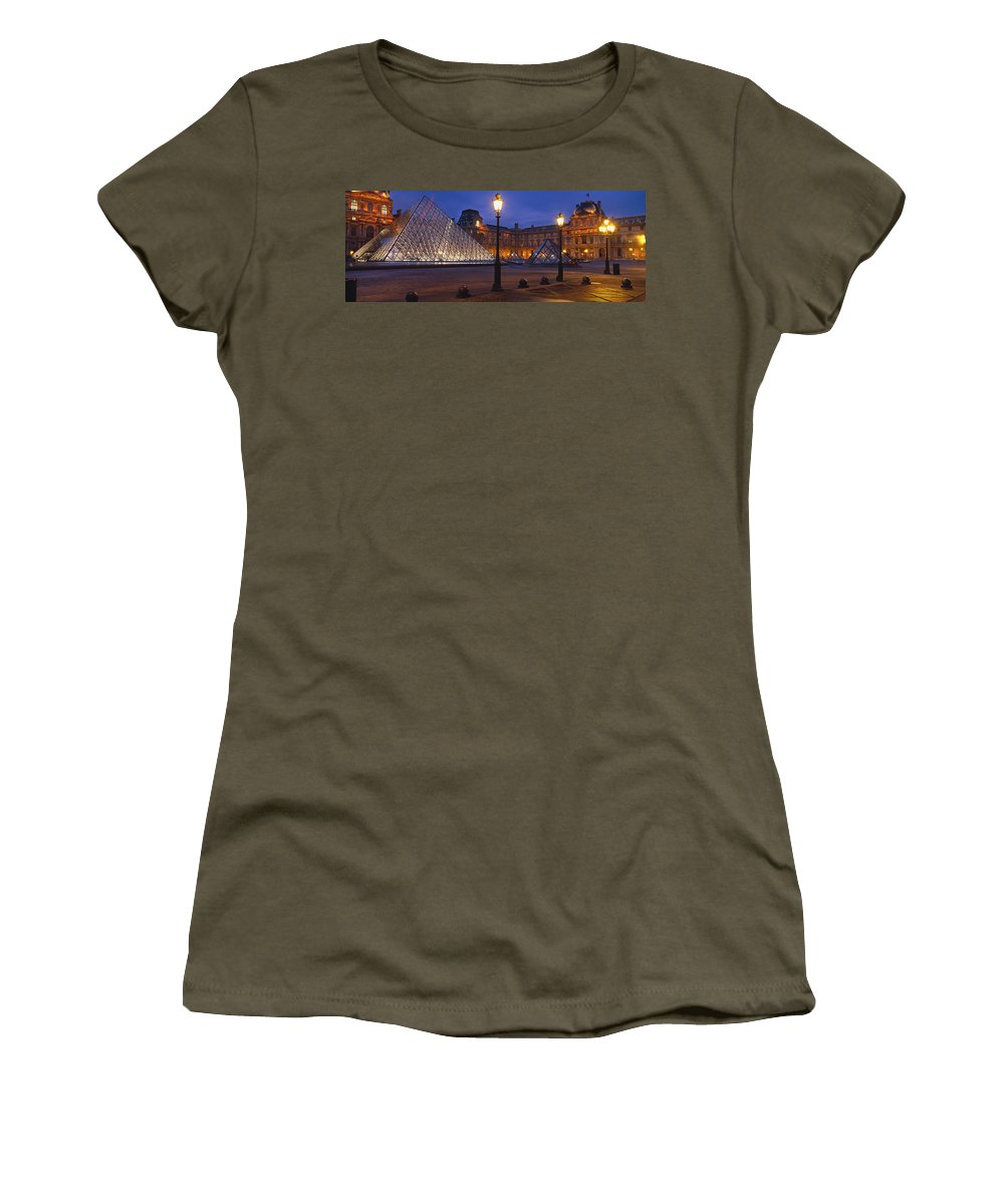 Photography Women's T-Shirt featuring the photograph Pyramid At A Museum, Louvre Pyramid by Panoramic Images