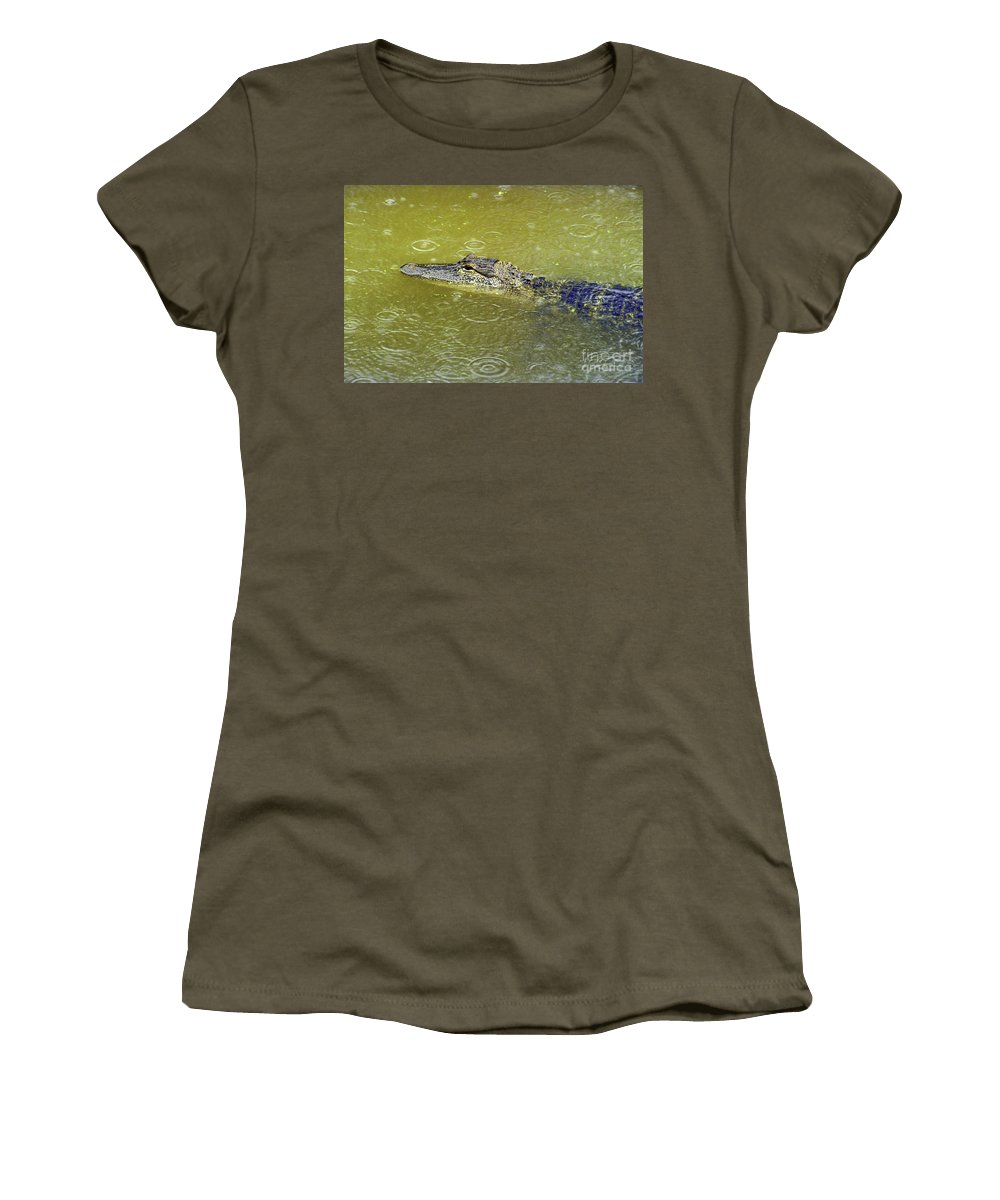 Lousiiana Swamp Swamps Alligator Alligators Animal Animals Creature Creatures Waterscape Waterscapes Women's T-Shirt featuring the photograph Raindrops Keep Falling by Bob Phillips