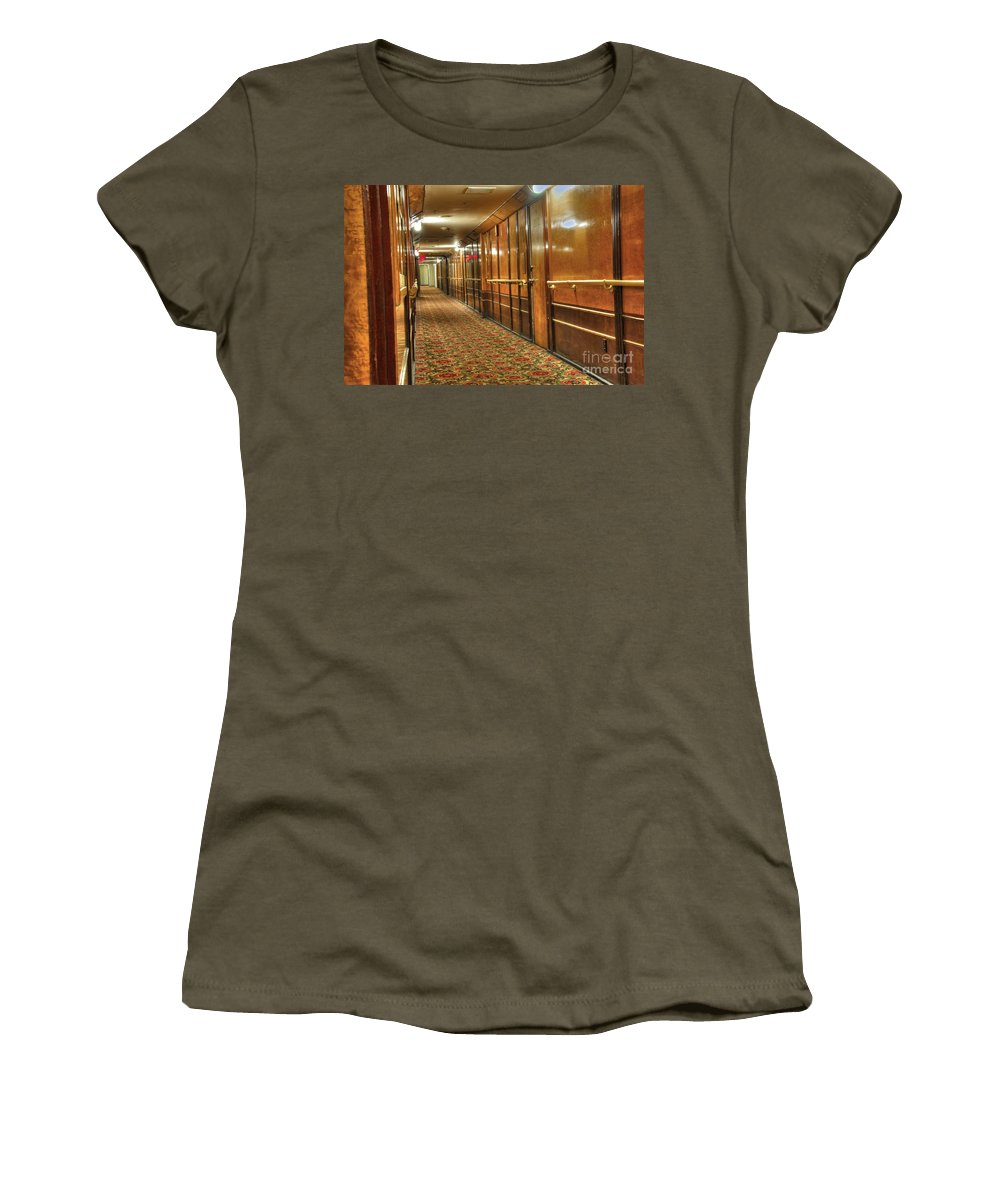 Long Beach Ca Home To The Queen Mary Women's T-Shirt featuring the photograph Rms Queen Mary Passenger Hallway Passageway by David Zanzinger