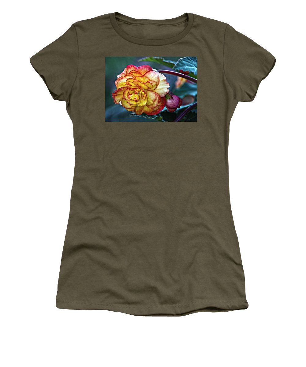 Begonia Women's T-Shirt featuring the photograph Showgirl by Steve Harrington