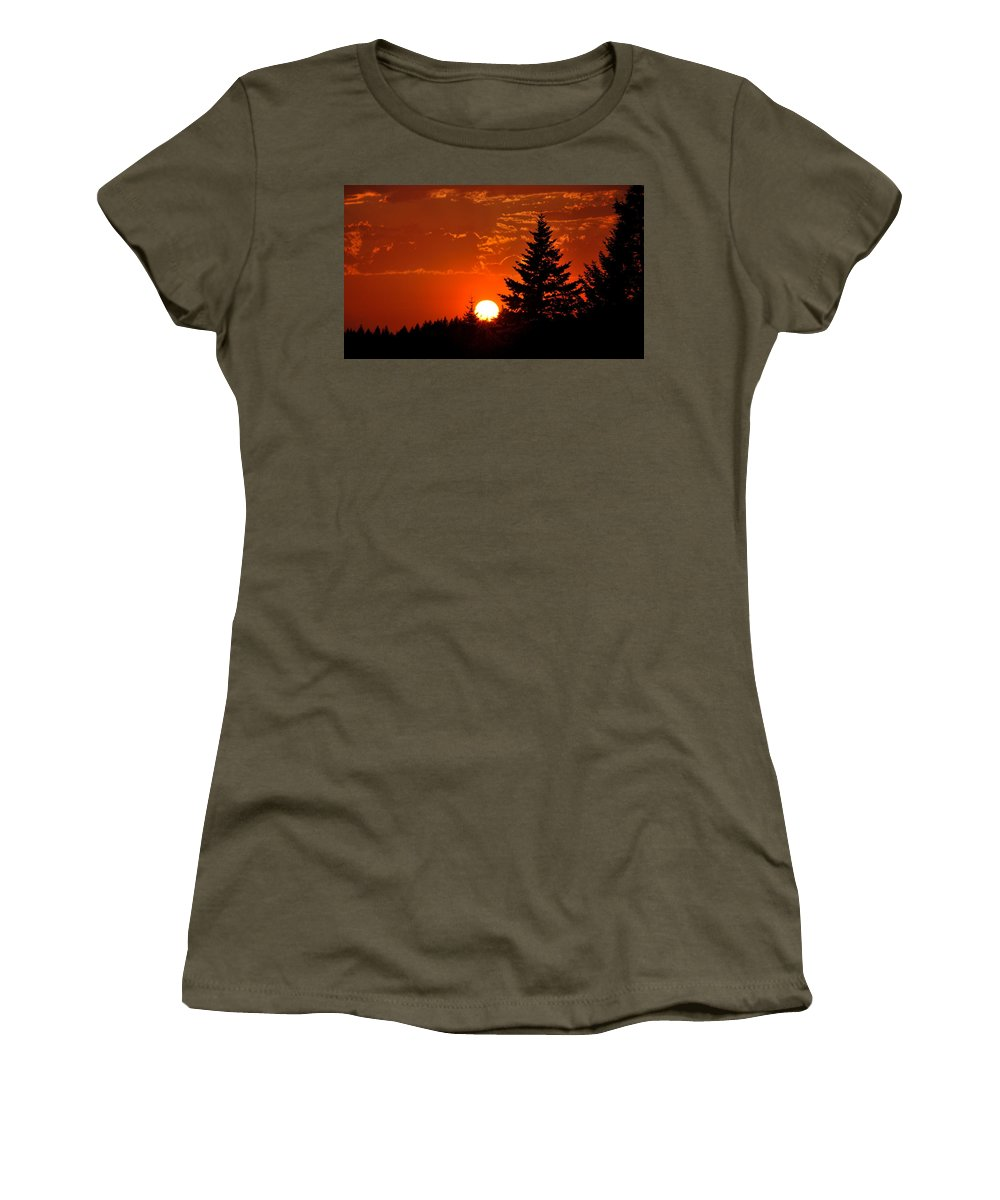 Sun Women's T-Shirt featuring the photograph Spectacular Sunset IIl by Kathy Sampson