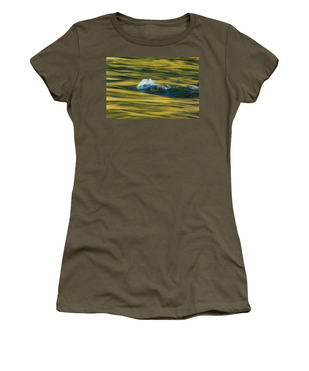 Water Women's T-Shirt featuring the photograph Straight Up The Middle by Donna Blackhall