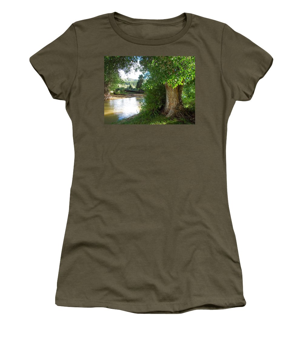 Tree Women's T-Shirt featuring the photograph Strength Beside The Stream by Donna Jackson