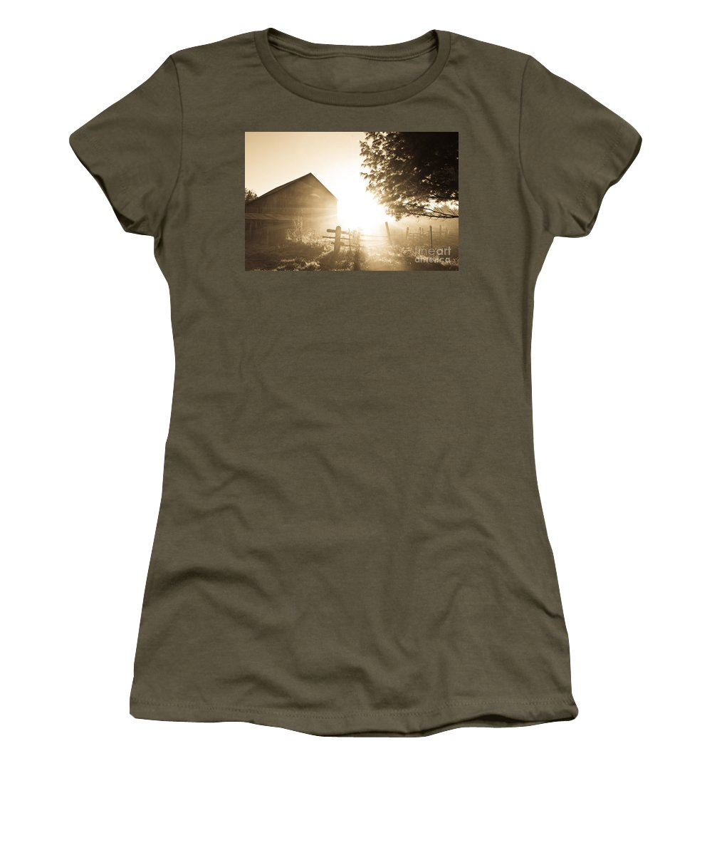Women's T-Shirt featuring the photograph Sunburst On The Farm by Cheryl Baxter