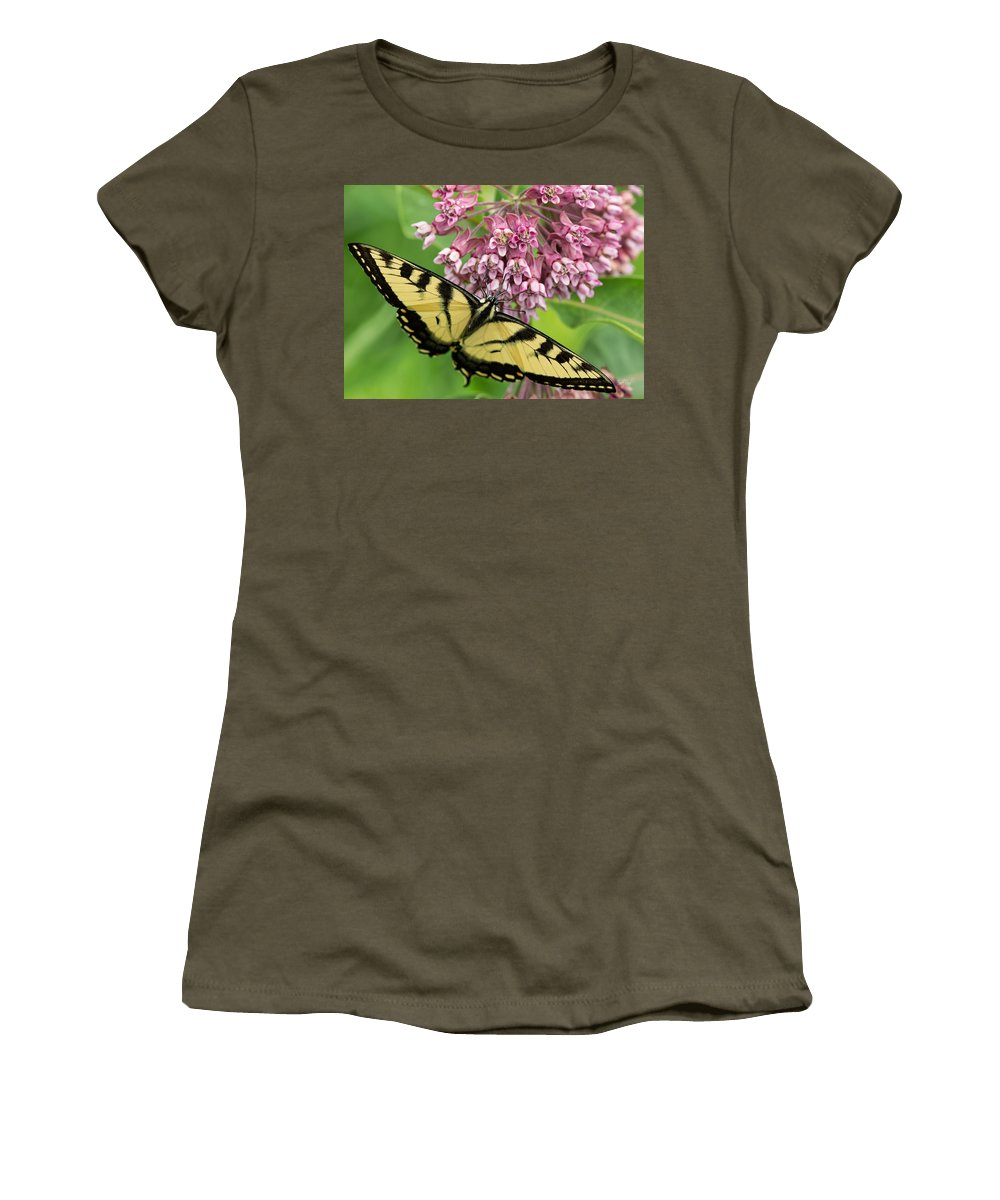 This Beautiful Eastern Tiger Swallowtail Butterfly Is Sure To Put A Smile On Someone's Face. It Has Been Specifically Cropped To The Greeting Card Ratio. Add Your Own Words To Create A Unique Women's T-Shirt featuring the photograph Swallowtail Notecard by Everet Regal