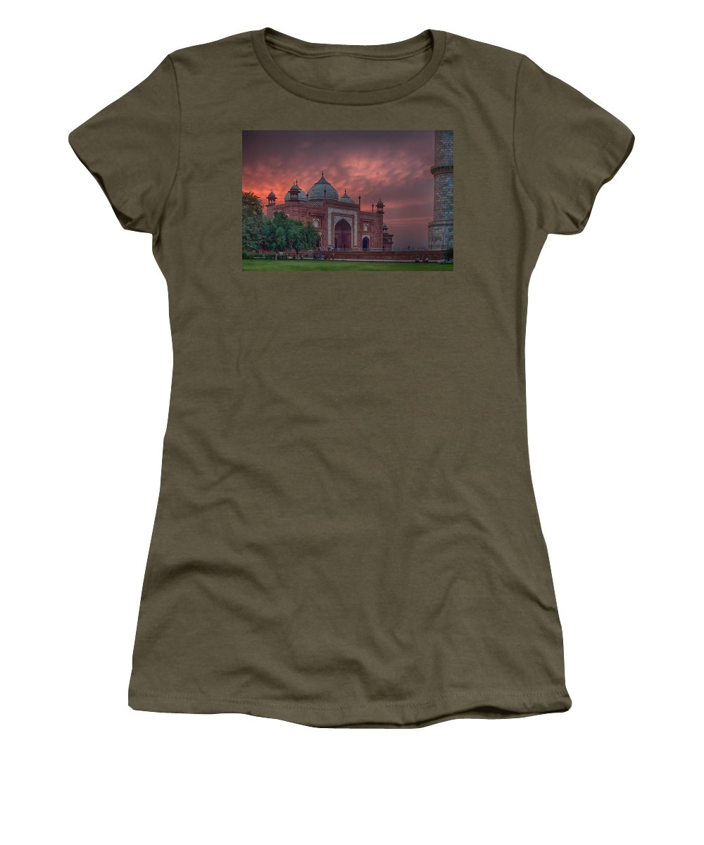 India Prints Women's T-Shirt (Athletic Fit) featuring the photograph Taj Mahal Mosque At Sunset by Martin Belan