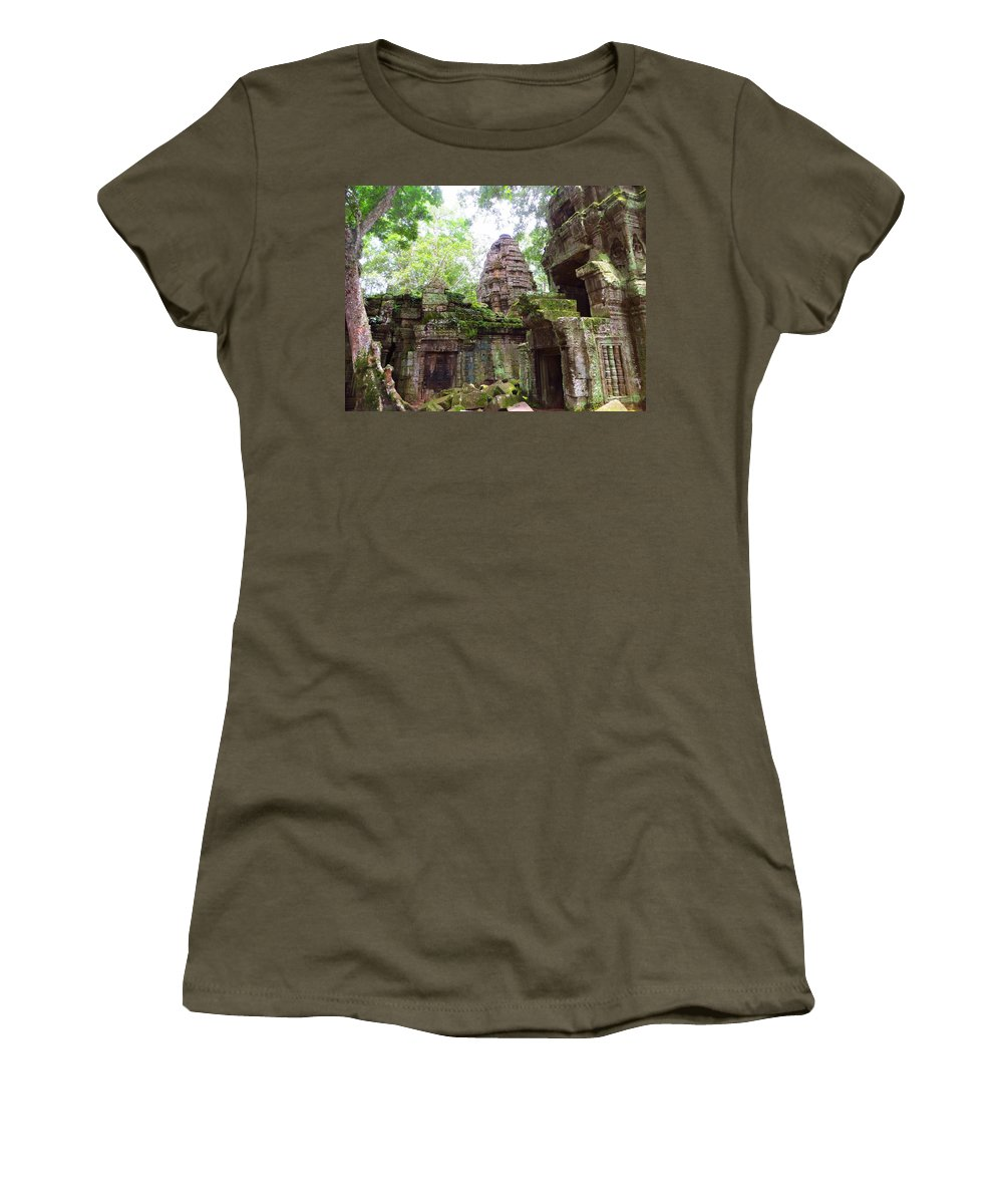 Temple Women's T-Shirt (Athletic Fit) featuring the photograph The Green Man Was Here by Tom Maimran