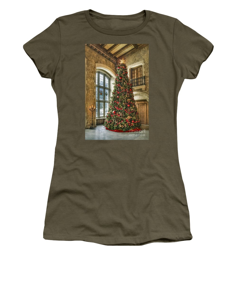 Christmas Women's T-Shirt featuring the photograph Tis The Season by Evelina Kremsdorf