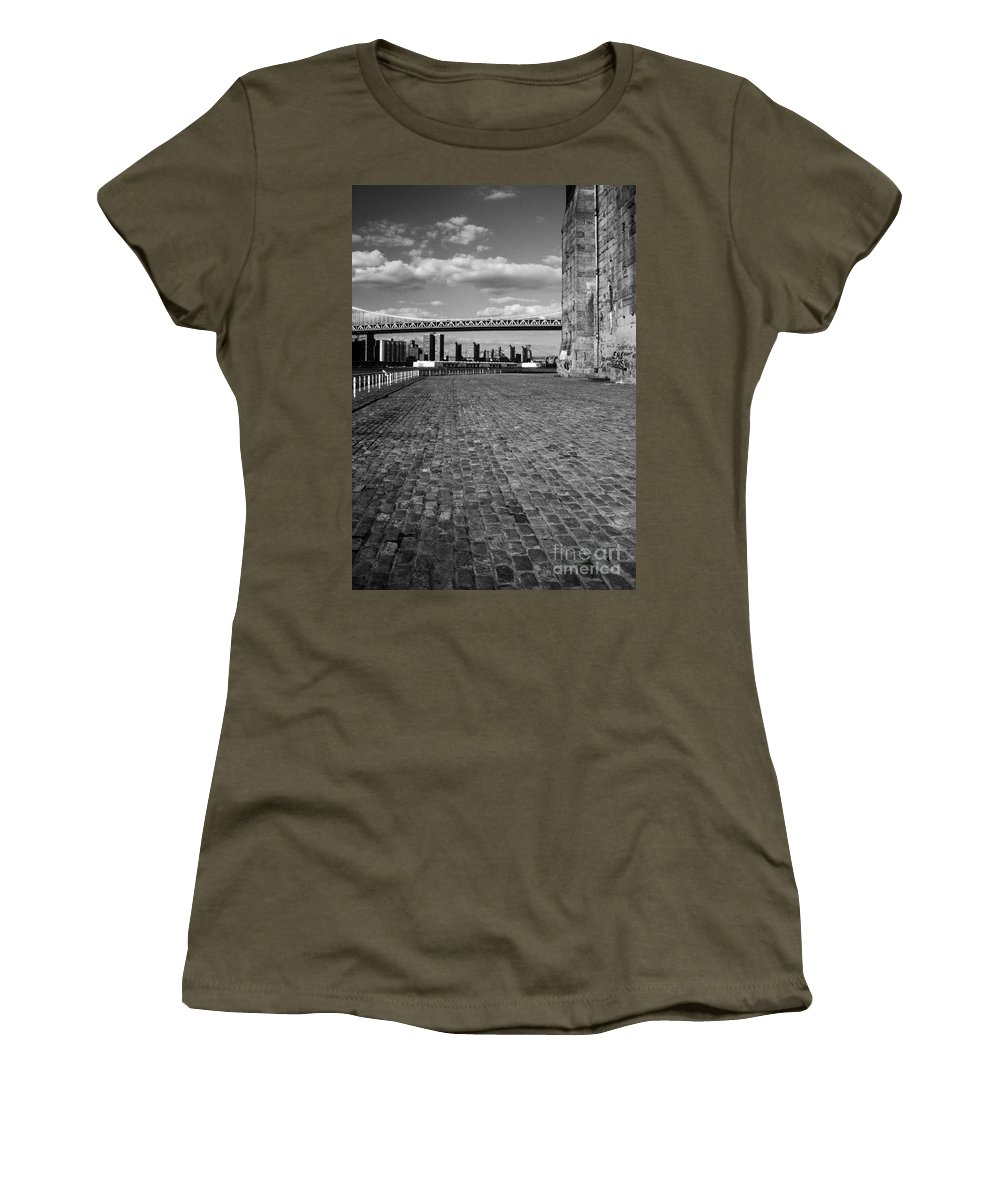 Nyc Bridges Women's T-Shirt featuring the photograph Under The Brooklyn Bw2 by Earl Johnson