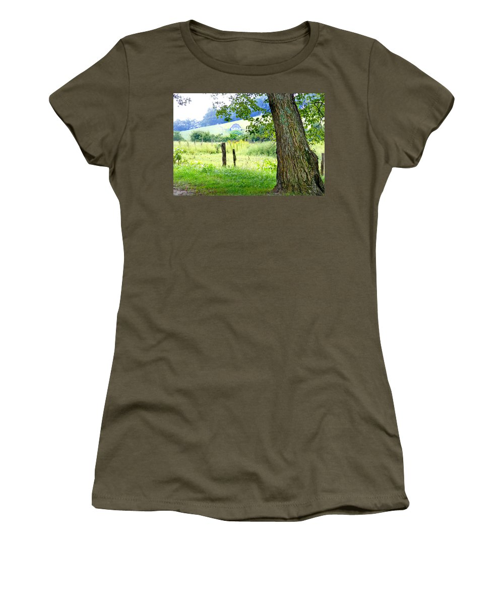 Duane Mccullough Women's T-Shirt featuring the photograph Valley View Along Flat Creek Rd by Duane McCullough