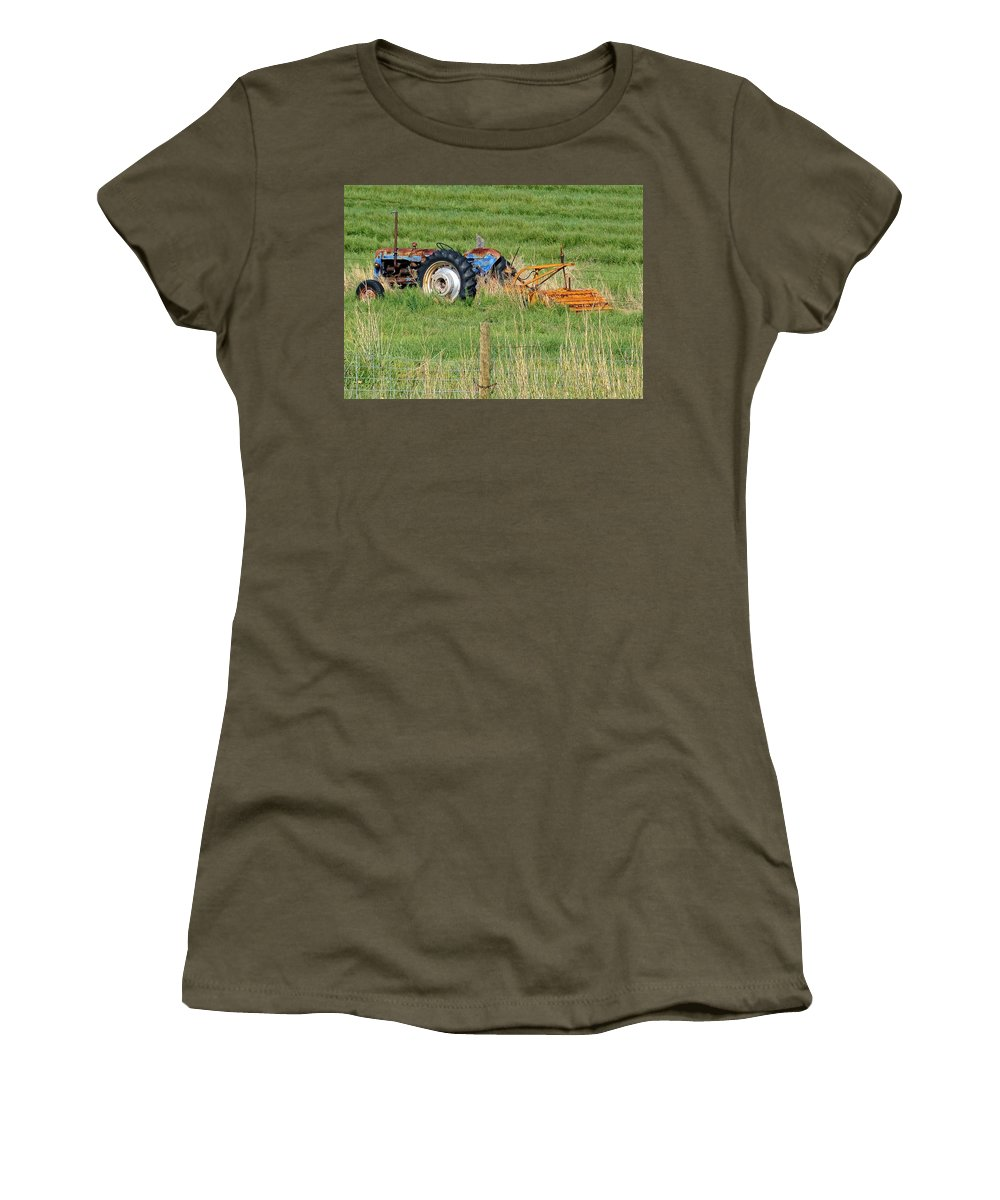 Idaho Women's T-Shirt featuring the photograph Vintage Blue Tractor by Image Takers Photography LLC