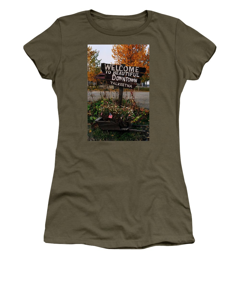 North America Women's T-Shirt featuring the photograph Welcome ... by Juergen Weiss