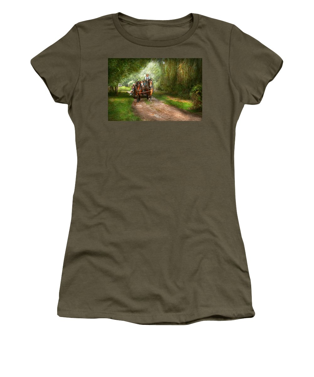 Country Women's T-Shirt featuring the photograph Country - Horse - The Hay Ride by Mike Savad
