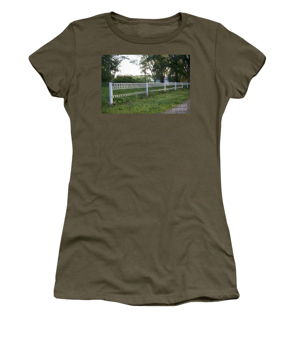 Horse Shoes Women's T-Shirt featuring the photograph Fence Or Shoes by David Arment