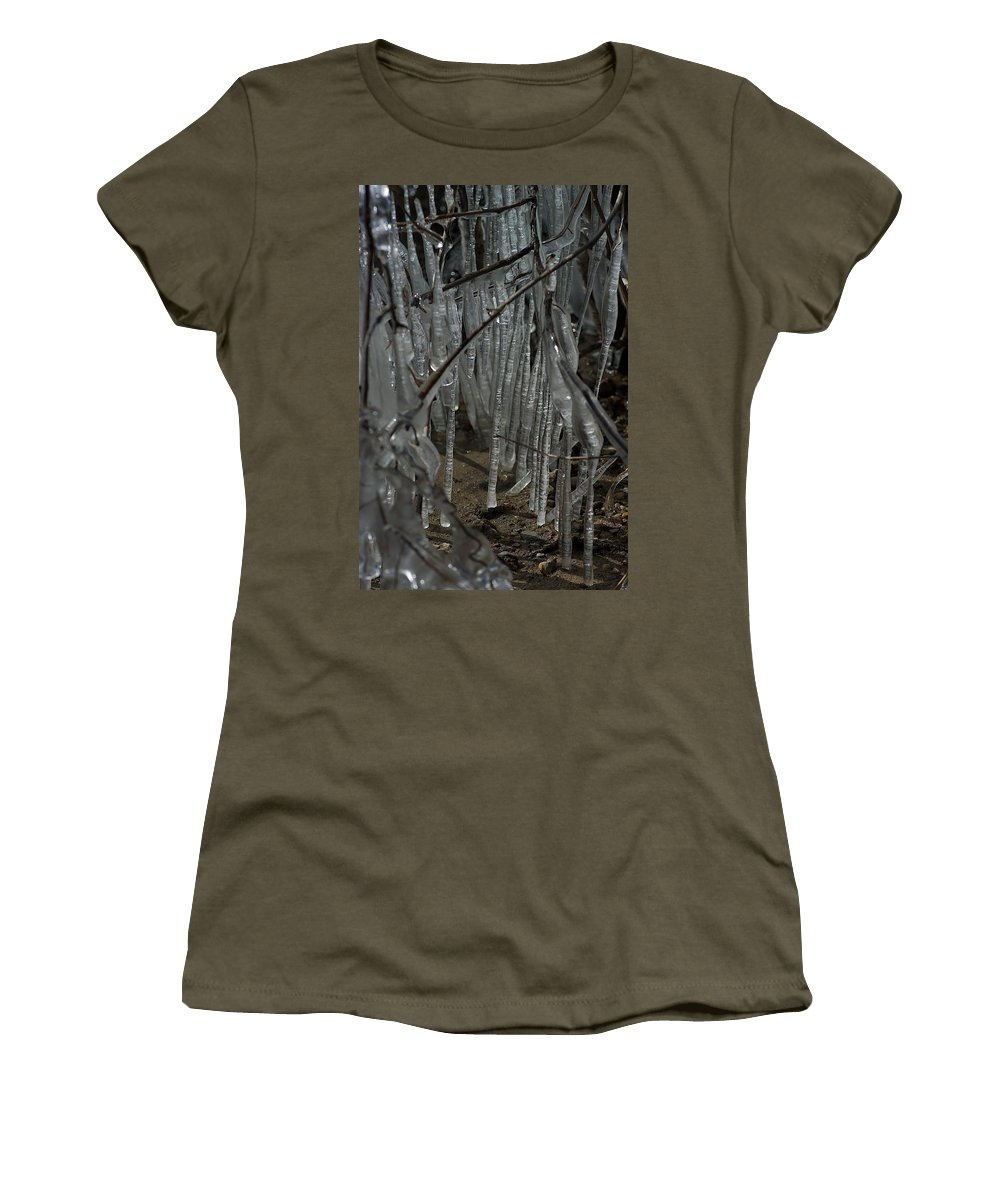 Michigan State University Women's T-Shirt featuring the photograph Grounded by Joseph Yarbrough
