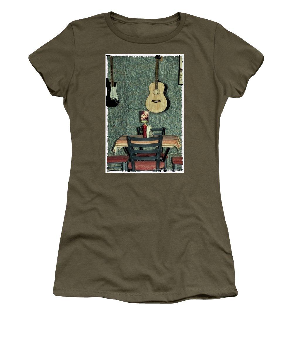 Nashville Women's T-Shirt featuring the photograph Honky Tonk Cafe by Sheri Bartoszek